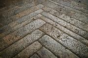 stone steps, Monteriggione